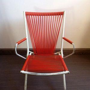 chaise enfant scoubidou. Black Bedroom Furniture Sets. Home Design Ideas